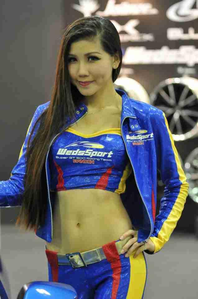 Tokyo Auto Salon Singapore Race Queen babes