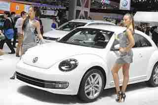 2011 Tokyo Motor Show Girls | Carsfresh