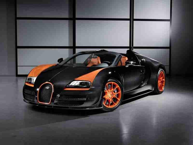 #Bugatti celebrates the international debut of the world's fastest open-top pr…