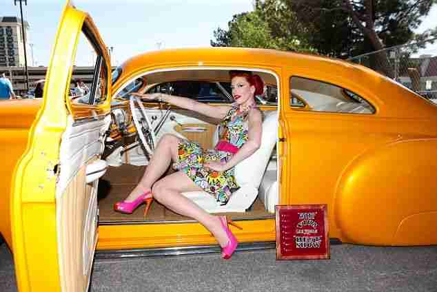 Hotrods and even hotter chicks: America's most amazing motors take over Vegas for annual Rockabilly car show