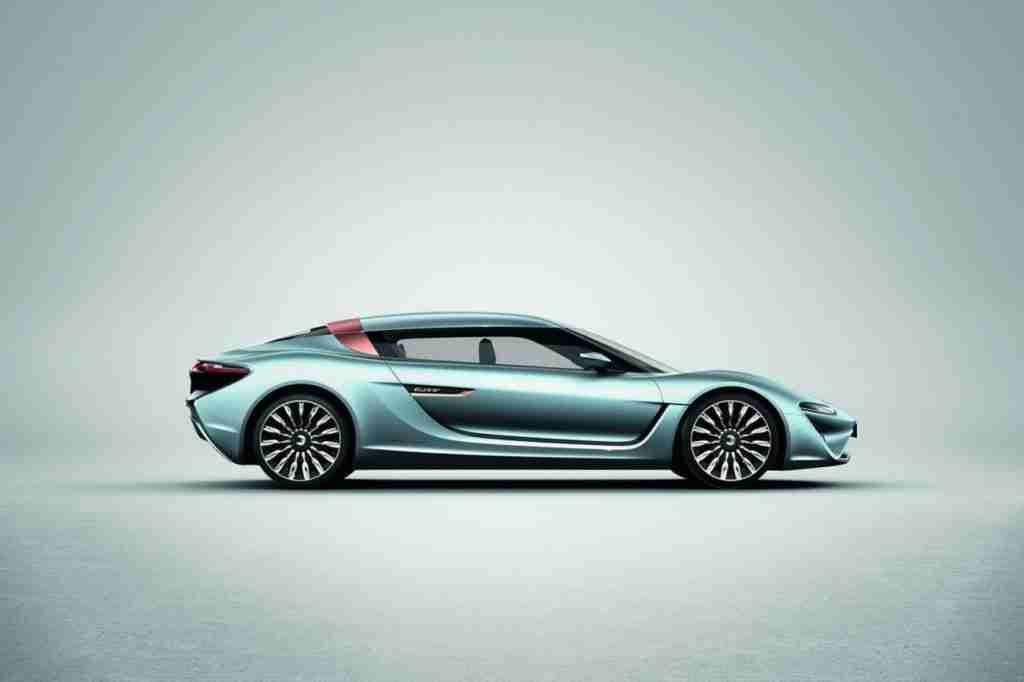 NanoFlowcell Quant e-Sportlimousine : La Model S dans le viseur ? (vidéo)